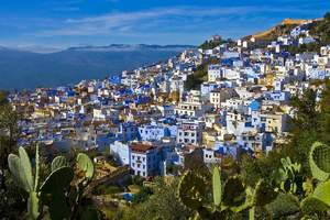 Morocco town (c)Shutterstock